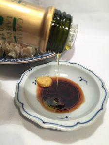 シュウマイ お醤油にオリーブオイルをかけると絶品