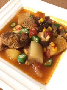 おいしいスペアリブのスープ オリーブオイルでもっとおいしく。