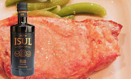 豚のローストとおいしいオリーブオイルで健康